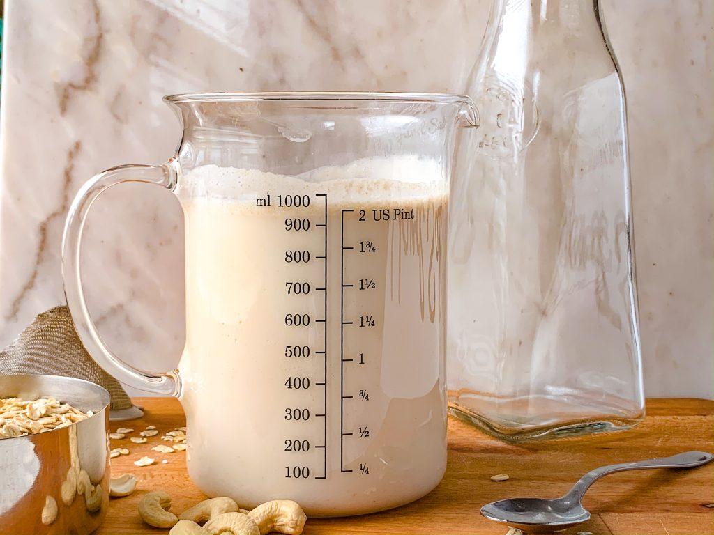 Cashew Oat Milk